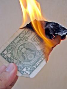 Rahaa palaa